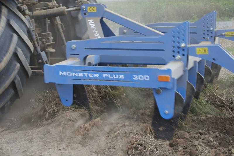 Namyslo  Monster plus 300  Subsoiler , Tiefenlockerer