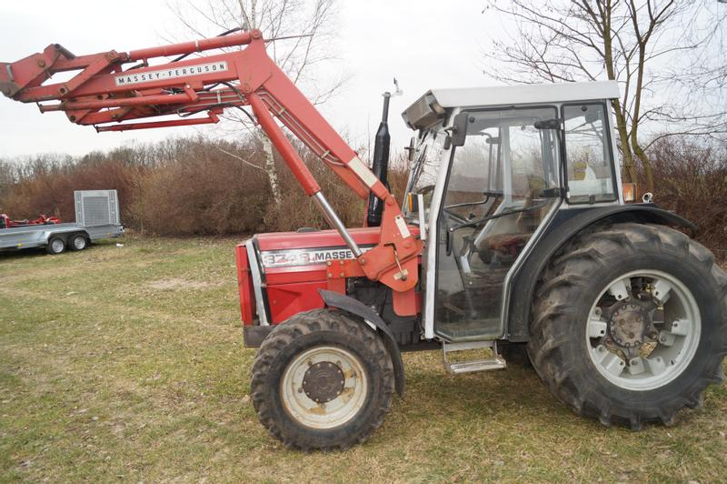 Massey Ferguson 374 AS