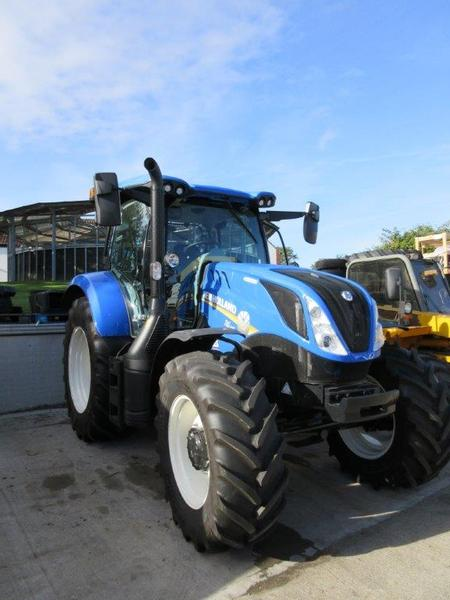 New Holland T6145 Dynamic