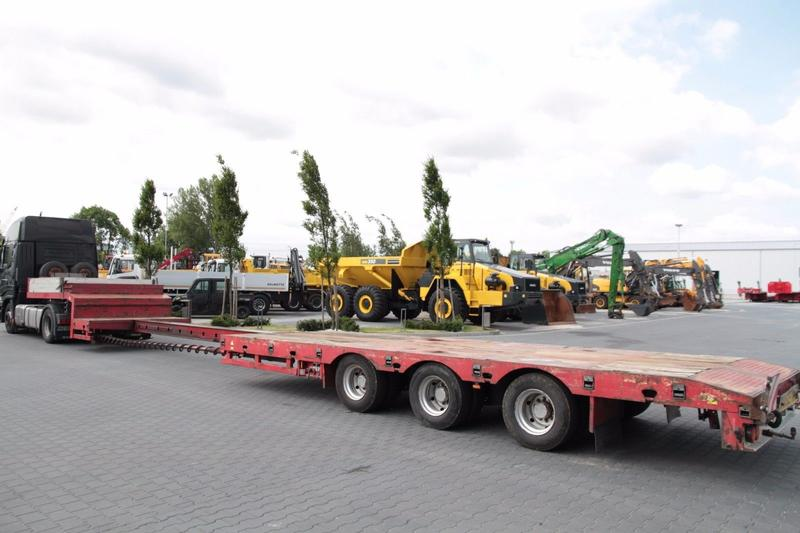 Autres 3 AXLE EXTENDABLE LOW LOADER STOKOTA S3U.N1-02