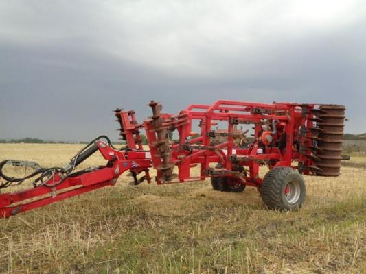 Used Sumo Four-1-4 4M Cultivator C/w Rape Seeder