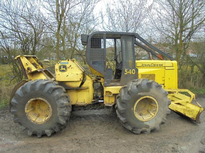 tracteur forestier john deere 540 d