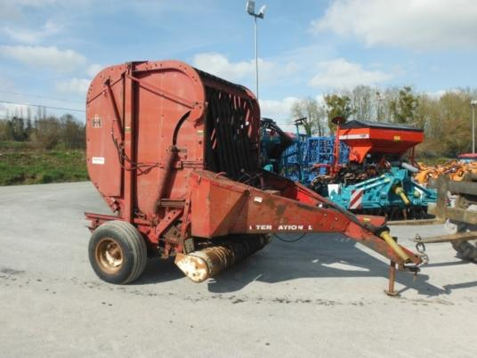 International BIGROLL BALER