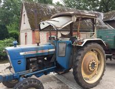 ford tracteurs agricoles standard d 39 occasion vendre. Black Bedroom Furniture Sets. Home Design Ideas