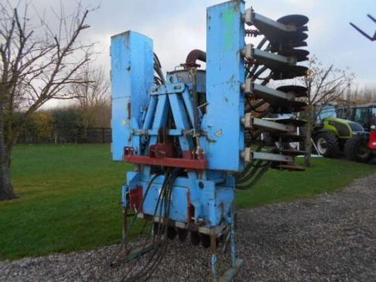 Autres Used Duport 3.8 Meter Slurry Disc Injector