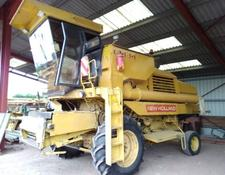 New Holland A VENDRE PIECES DATACHEES MOISSONNEUSE BATTEUSE 8040 ET 8060