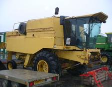 New Holland PIECES MOISSONNEUSE BATTEUSE TX34