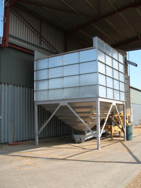 Autres NEW GRAIN HOPPERS 20-45 TONS